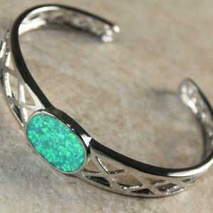 Jewelry - Green Fire Opal Silver Bracelet Cuff Open End